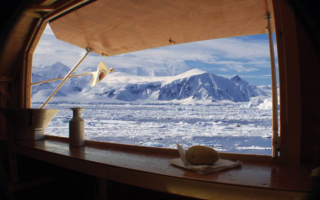 antarctic-potato-eater-uitzicht-kraam-uitsnede-1024x641